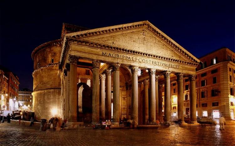 http://www.latorrettabandb.com/bb/wp-content/uploads/2016/01/The-Pantheon-Rome-750x466.jpg